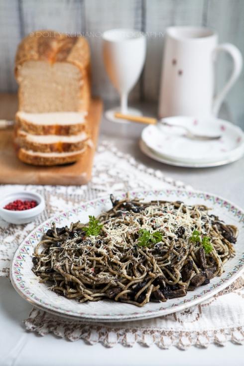 Pasta Negra | Seafood spaghetti in squid ink sauce
