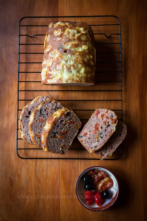 Easy berry cider bread