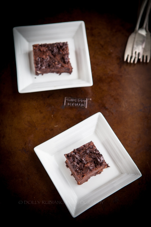 Black bean brownies with peppermint